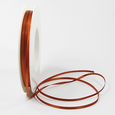 Satinband SINFINITY, mocca: 3mm breit / 50m-Rolle, mit feiner Webkante.